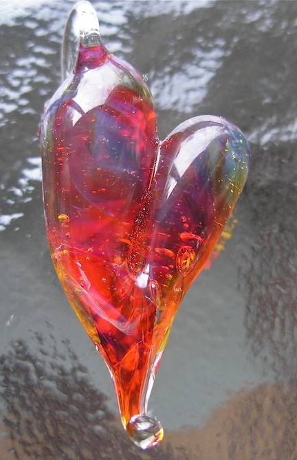 Glass Curiosity Heart